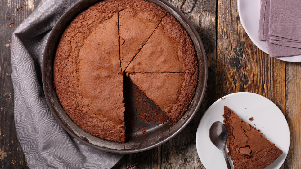These Are The Mistakes You're Probably Making When Baking Chocolate Cake