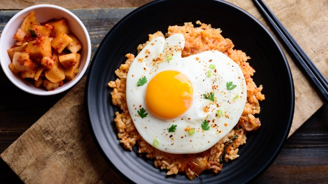 All The Delicious Ways You Can Make Kimchi Fried Rice