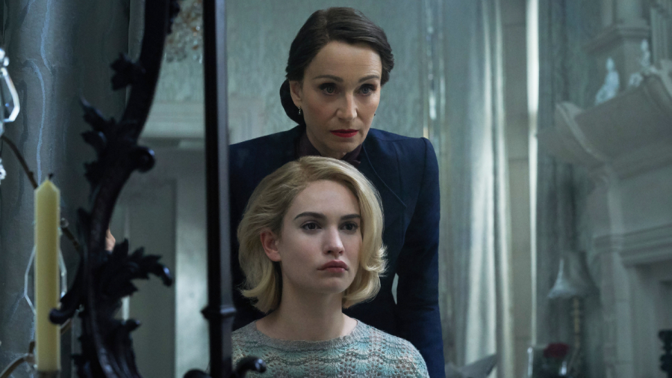 Netflix's New Spine-Tingling Romance Thriller Looks Absolutely Haunting