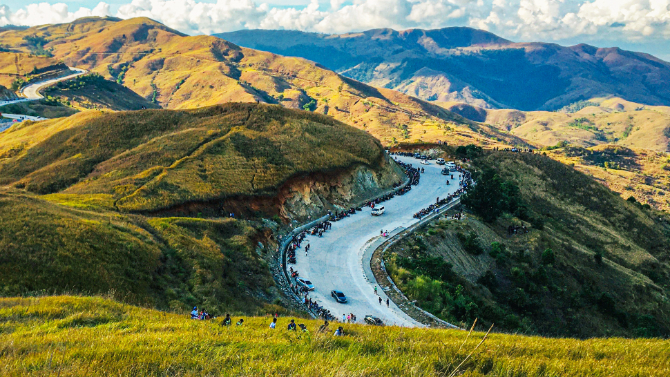 10 Scenic Luzon Routes to Take If You Want to Make the Most of the Cold Weather