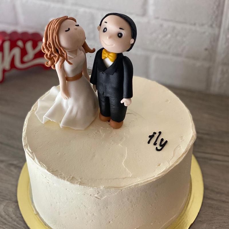 simple yet stylish wedding cakes