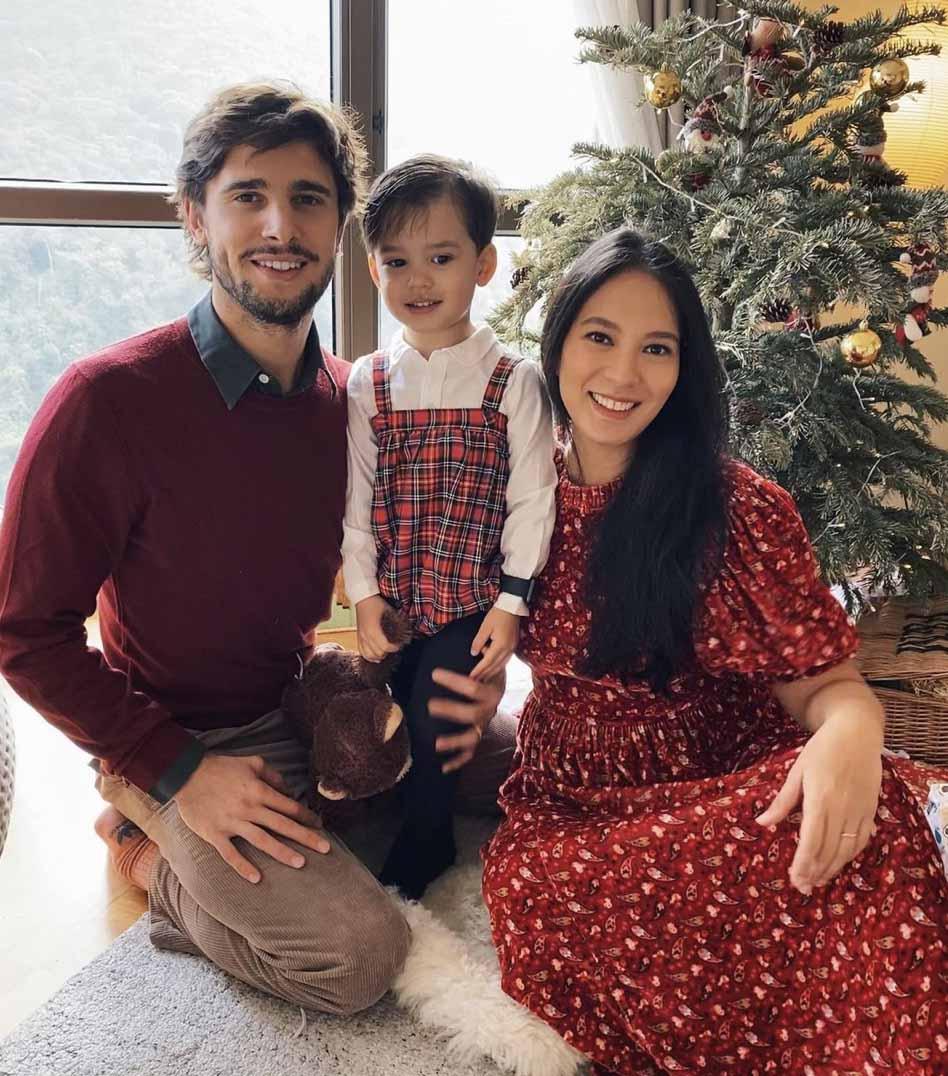 isabelle daza christmas