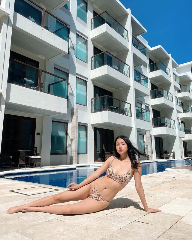 filipina celebrities kelsey merritt kylie verzosa sarah lahbati rei germar lorin bektaz in bikinis boracay 2020