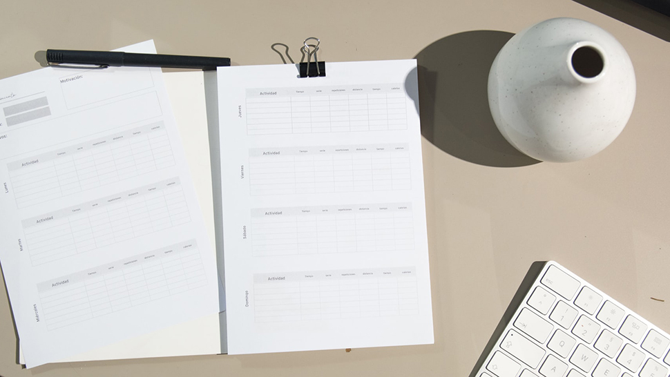 Here's Why You Should Use a 2021 Planner, According to a Psychologist