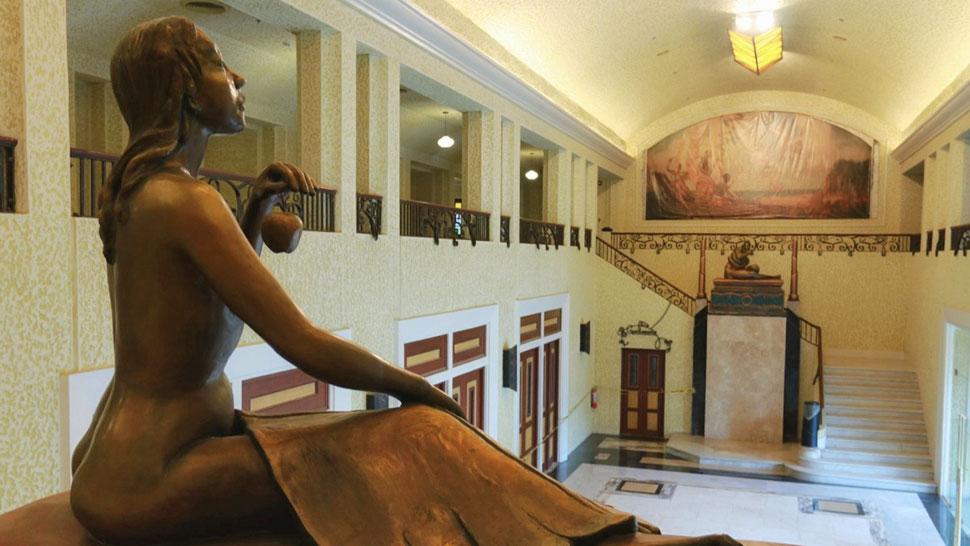 Take a Look Inside the Newly Renovated Manila Metropolitan Theater!