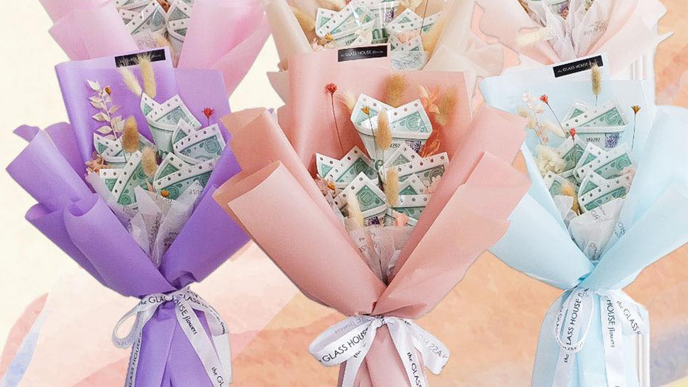 This Bouquet Is The Ultimate Valentine's Day Gift For Milk Tea Lovers