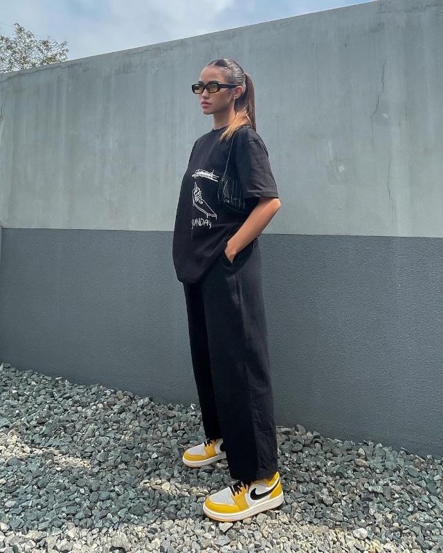 celebrity colored shoe outfit Jamina cruz