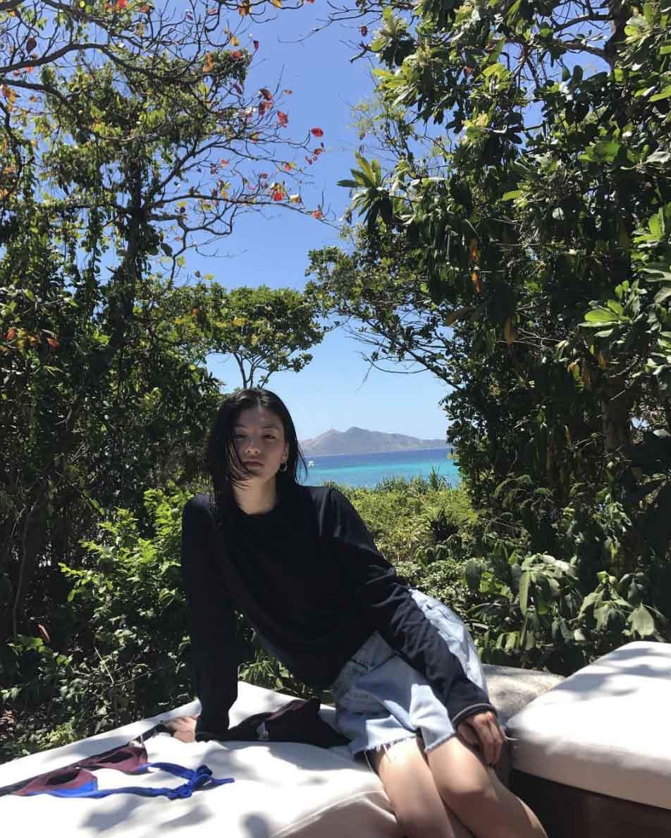 kim yong ji casual style