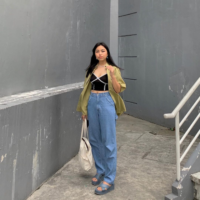 Chelsea Valencia bralette outfits