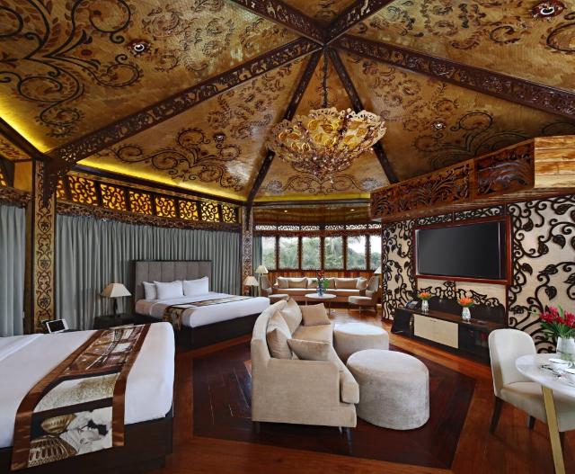 Monarch Villa Rancho Bernardo