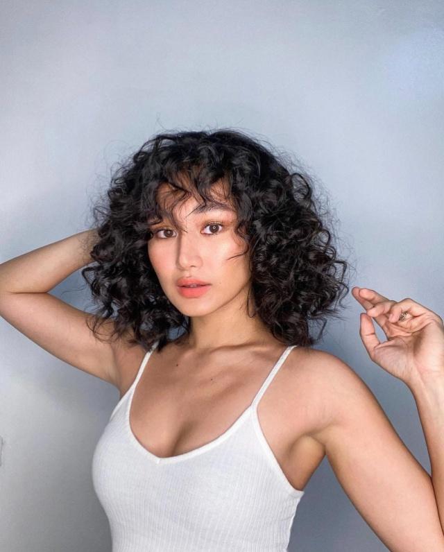 chie filomeno curly hair