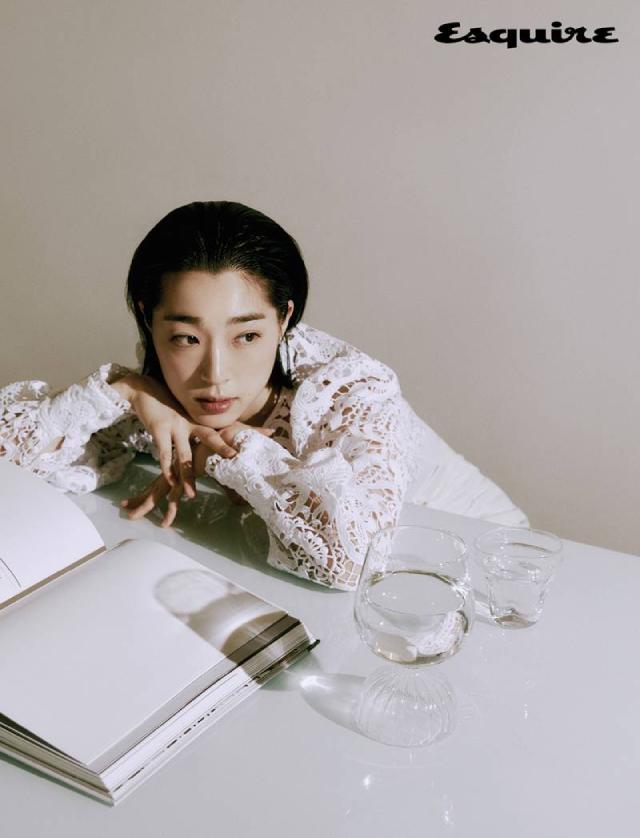 Choi Sung Eun Esquire Korea