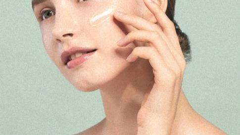 Here Are The Best And Foolproof Ways To Get The Dewy Skin Of Your Dreams