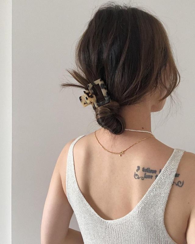 bun hairstyle for mid-length hair