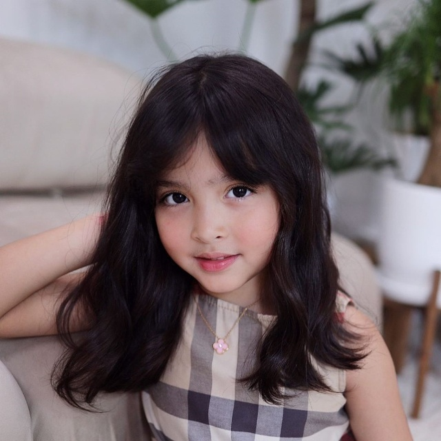 zia dantes hairstyle with bangs