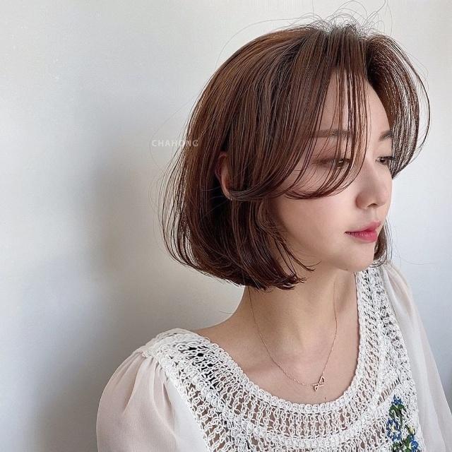 short hair korean with bangs