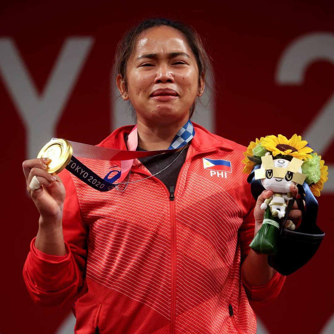 filipina athletes hidilyn diaz and mikee cojuangco made history at the olympics
