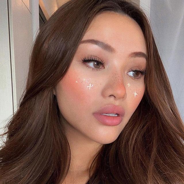 dior backstage rosy glow blush asian skin