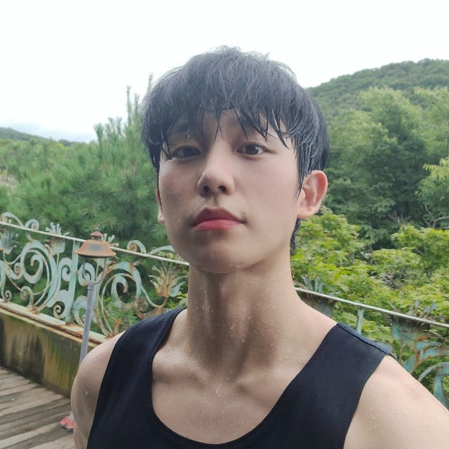 jung hae in facts