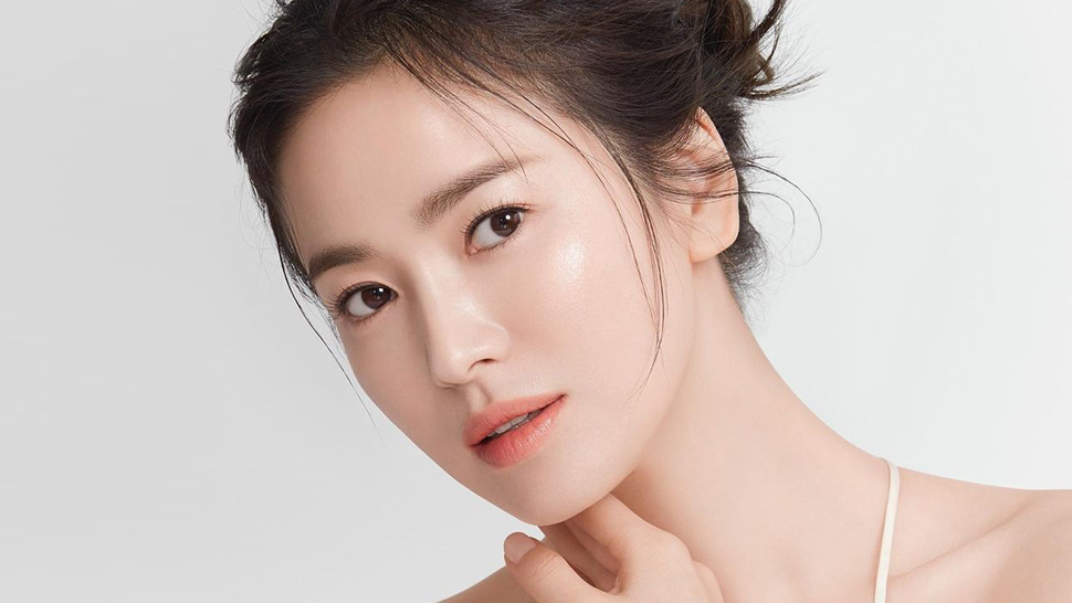 How To Know If Korean-style Straight Brows Suit You, According To An Expert