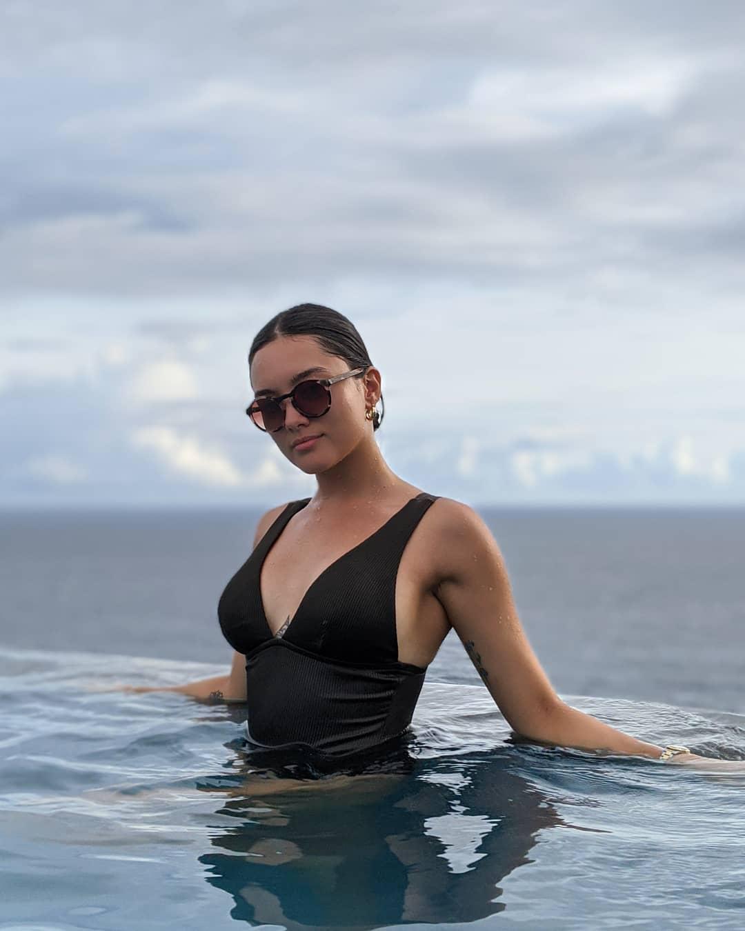 lauren reid swimsuit poses