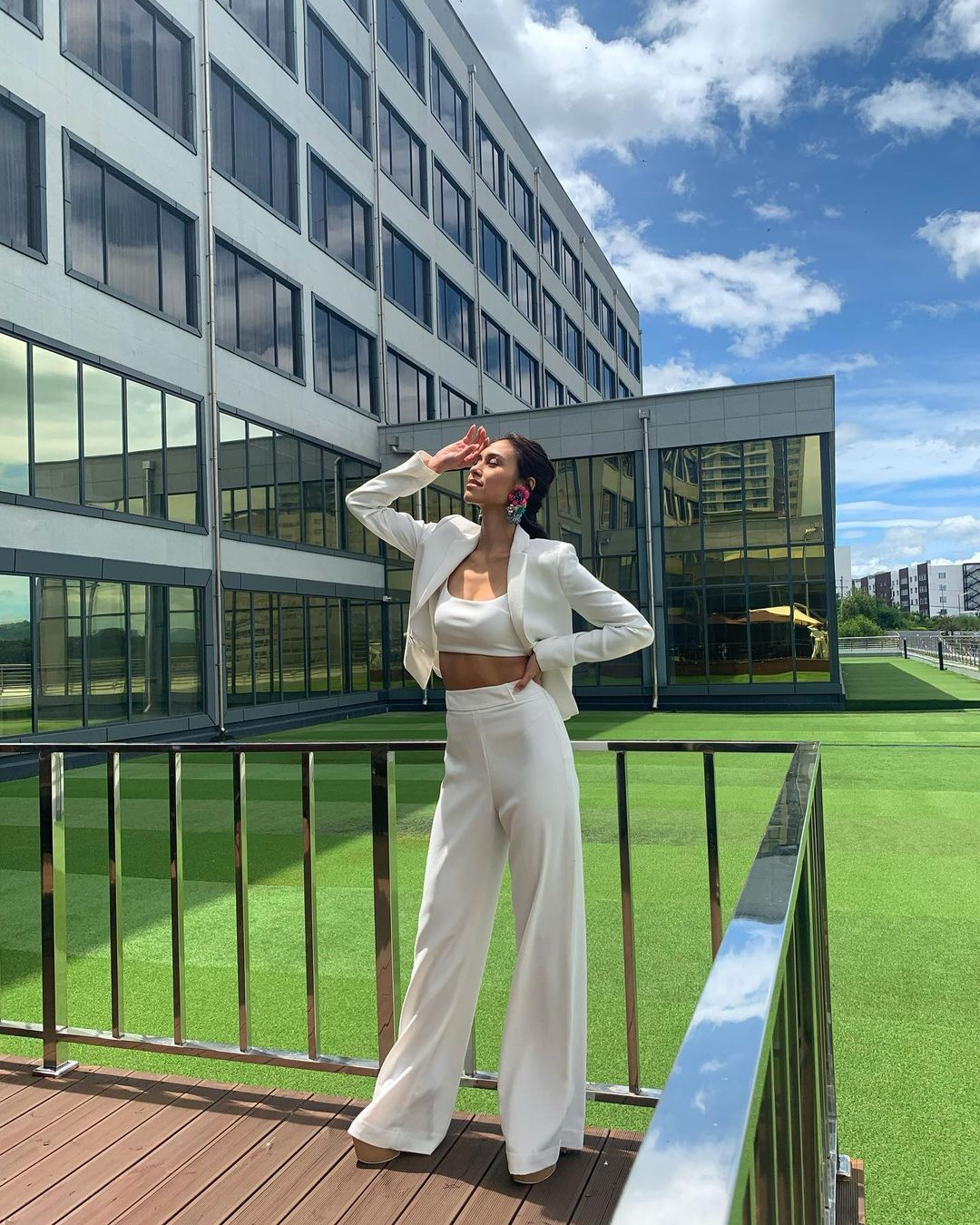 ootd poses as seen on miss universe philippines 2021 candidates