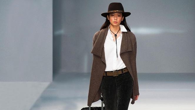 Samantha Gomez Walks The Runway Of Agnes B.