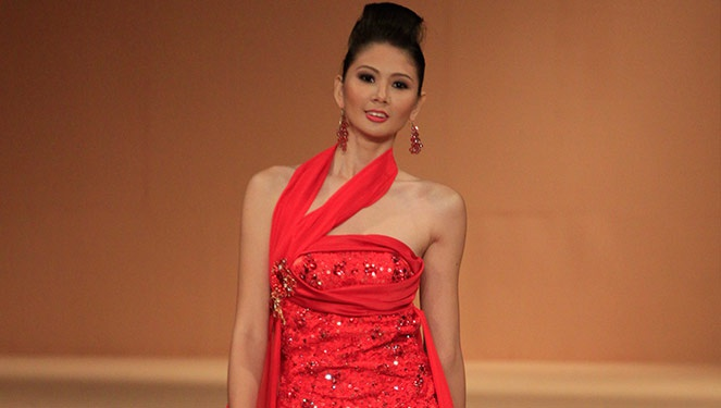 Phfw Holiday 2013: Christian Narvadez