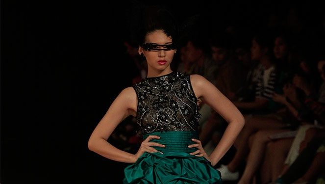 Phfw Holiday 2013: Dave Ocampo