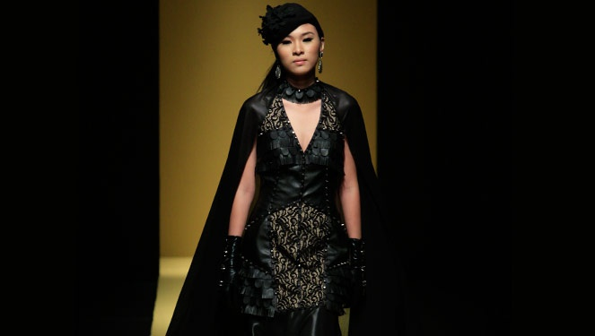 Phfw Holiday 2013: Roland Lirio