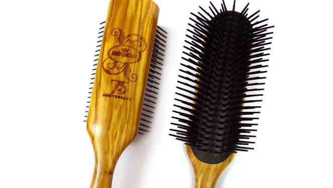 1 Hair Brush, 5 Reasons Why It Rocks