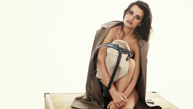 Penelope Cruz's Post Baby Bod Debuts In Leowe's S/s 2014 Campaign