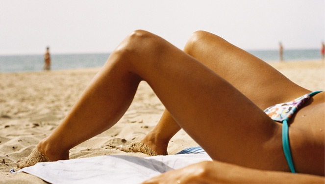 Ask An Editor: Is There A Safe Way To Tan?