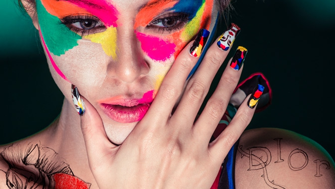 Check Out Sam Pinto's Pimped Out Nails