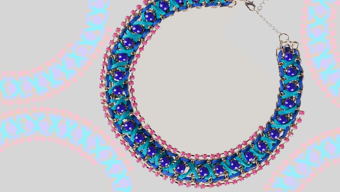 #mondaymusthave: Attention-seeking Necklace