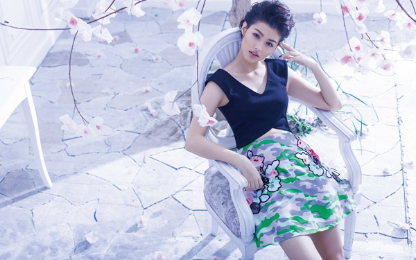 Watch The Behind-the-scenes Video Of The Preview August 2014 Cover Shoot And Fall In Love With Liza Soberano