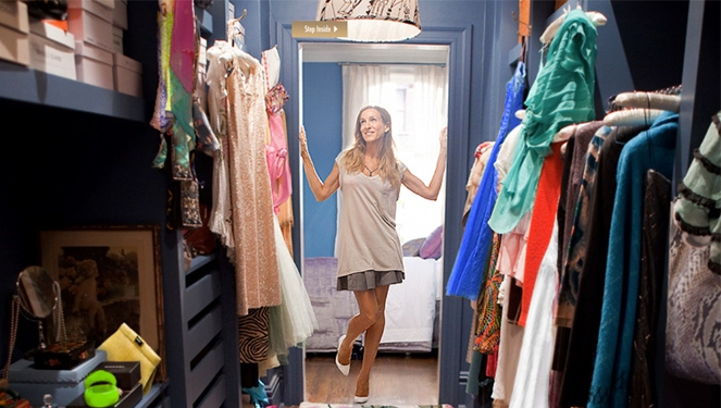 Here's A Closet Organizing Chart You Need To Save, Stat!