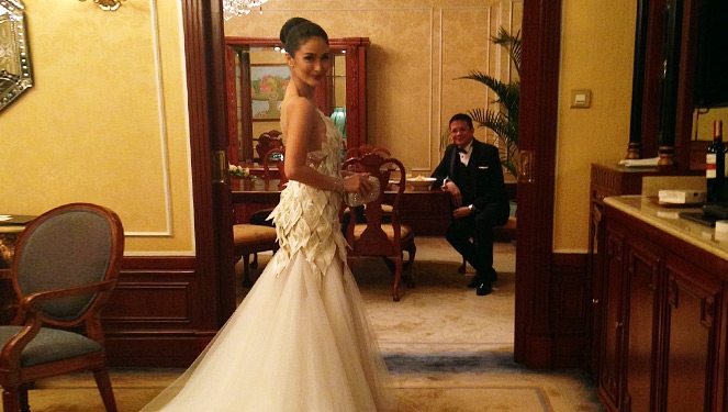 This Is How You Get Into Heart Evangelista's Wedding