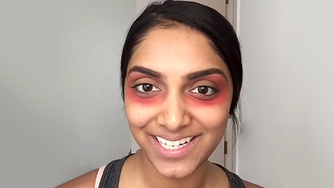 This Girl Used Red Lipstick To Cover Her Dark Circles