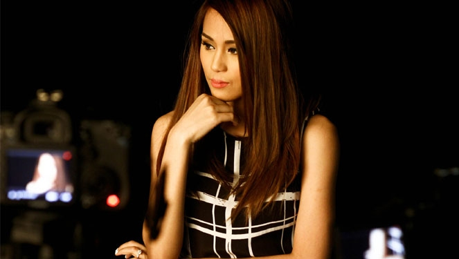 Watch: Toni Gonzaga Shows Off Her Engagement Ring