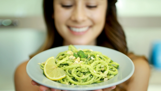 Episode 2: Cooking With Mari Jasmine – Zucchini Pasta With Avocado Sauce