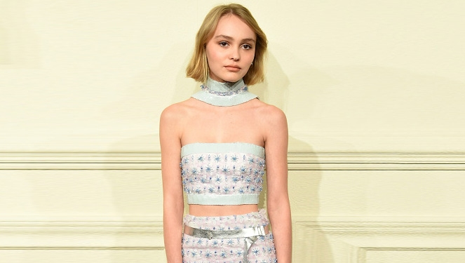 """JOHNNY DEPP'S DAUGHTER IS AN """"IT"""" GIRL IN THE MAKING"""