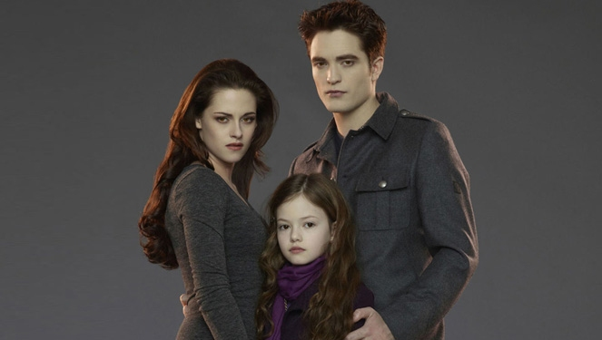 Twilight's Renesmee Cullen Is 14 And Stunning