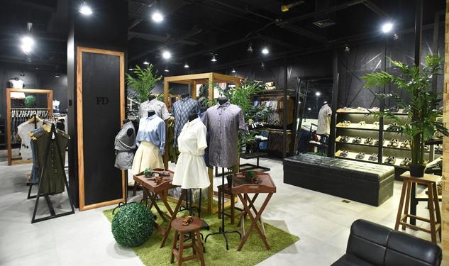 23 Retail Stores To Hit Up At Up Town Center, Katipunan