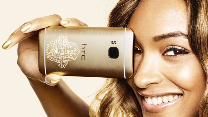 Jourdan Dunn's Phone, Inspired by Metallic Temporary Tattoos