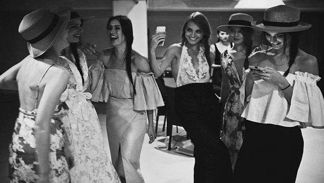 10 Things Socialites Do Before Going To The Party