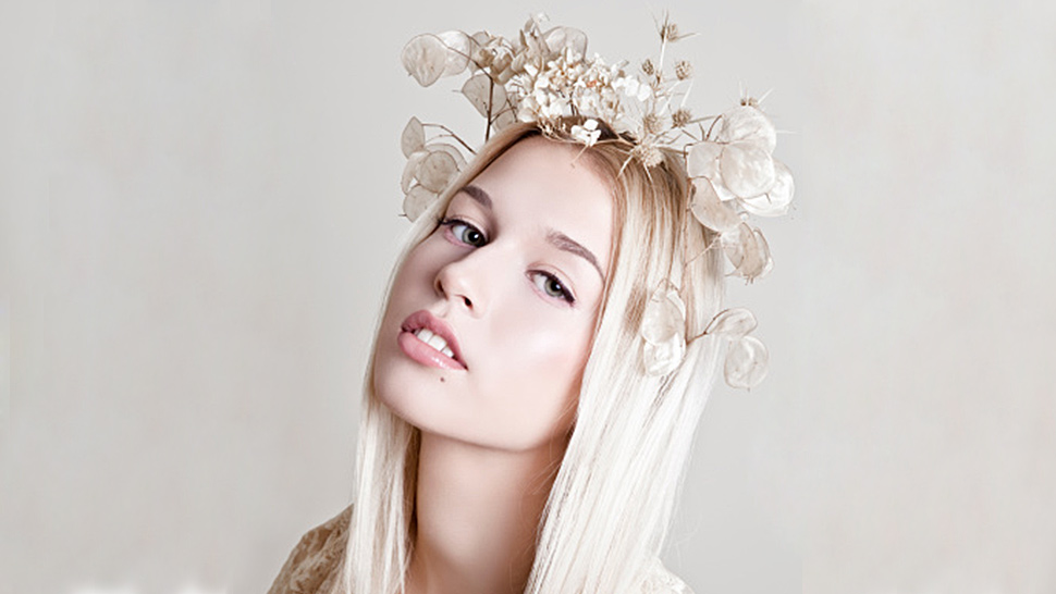 The History of Flower Crowns, in 9 Pictures