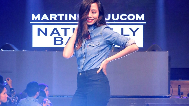 Martine Cajucom And Vaness Wu Wear Levi's To Valkyrie