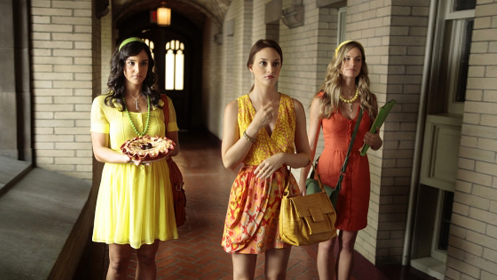 6 Struggles Only A Fashion Girl Who's Still In College Will Understand