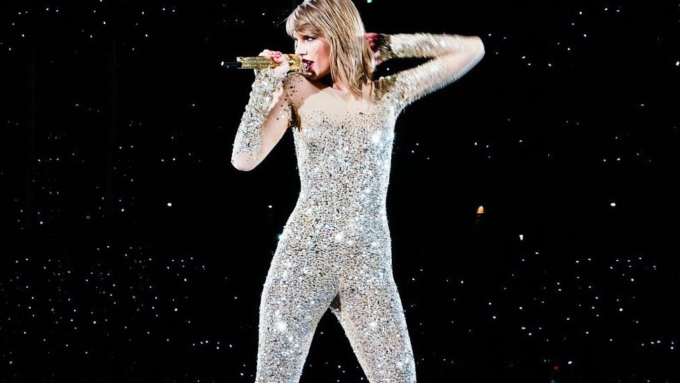 Taylor Swift Slams Break-up Rumors